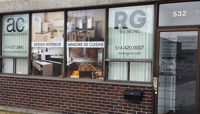 window vitrine lettering montreal